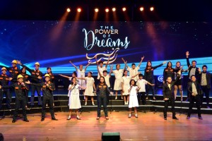 """Acapella Go, The Meralco Chorale and a group of students starred in the program's opening number to the tune of Ryan Cayabyab's """"Nais Ko"""""""